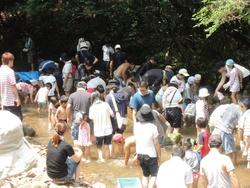 去年の川遊び