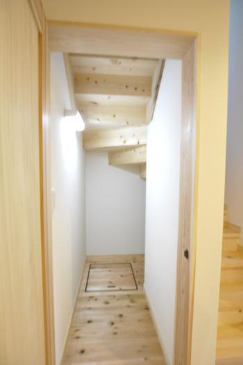 階段下納戸